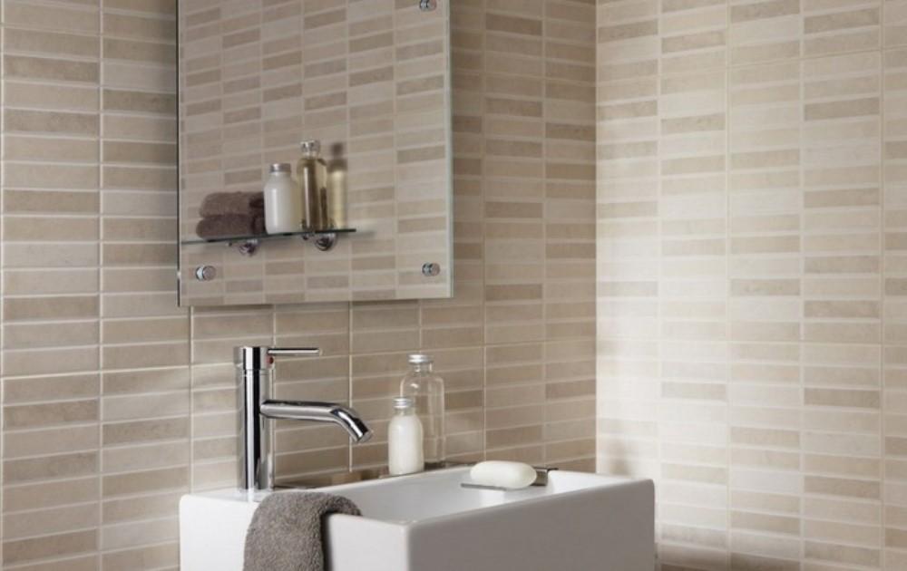 limpiar paredes con baldosas