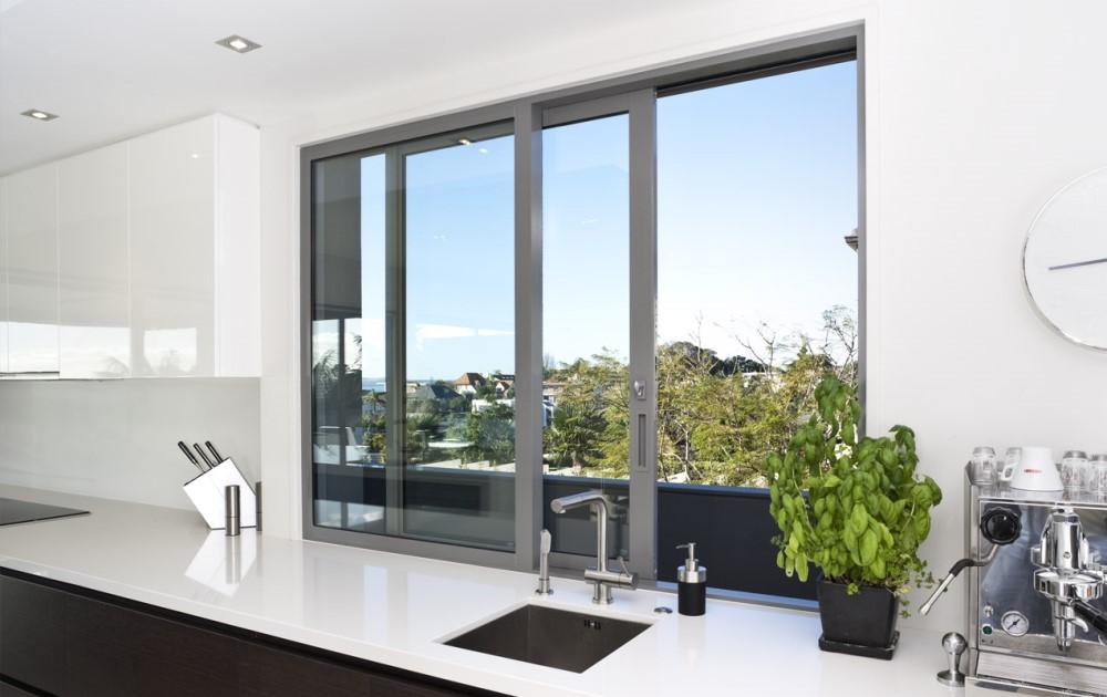 Cómo limpiar ventanas de todo tipo - Serviglobe