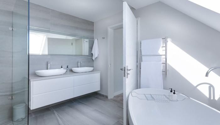 mantener limpios azulejos baño